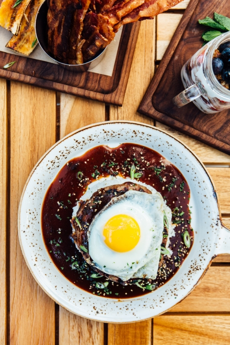 Loco Moco in a pan